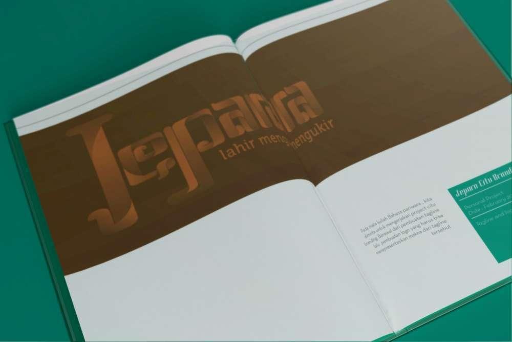 Selfpromotion 2.0 by Ihsan Farhan (ihsanmfarhan),branding,desain editorial,tipografi